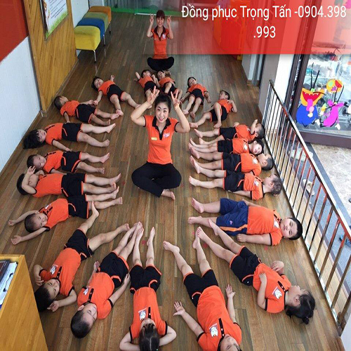 Đồng phục mầm non màu cam