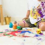 Cách tẩy sơn trên quần áo hiệu quả